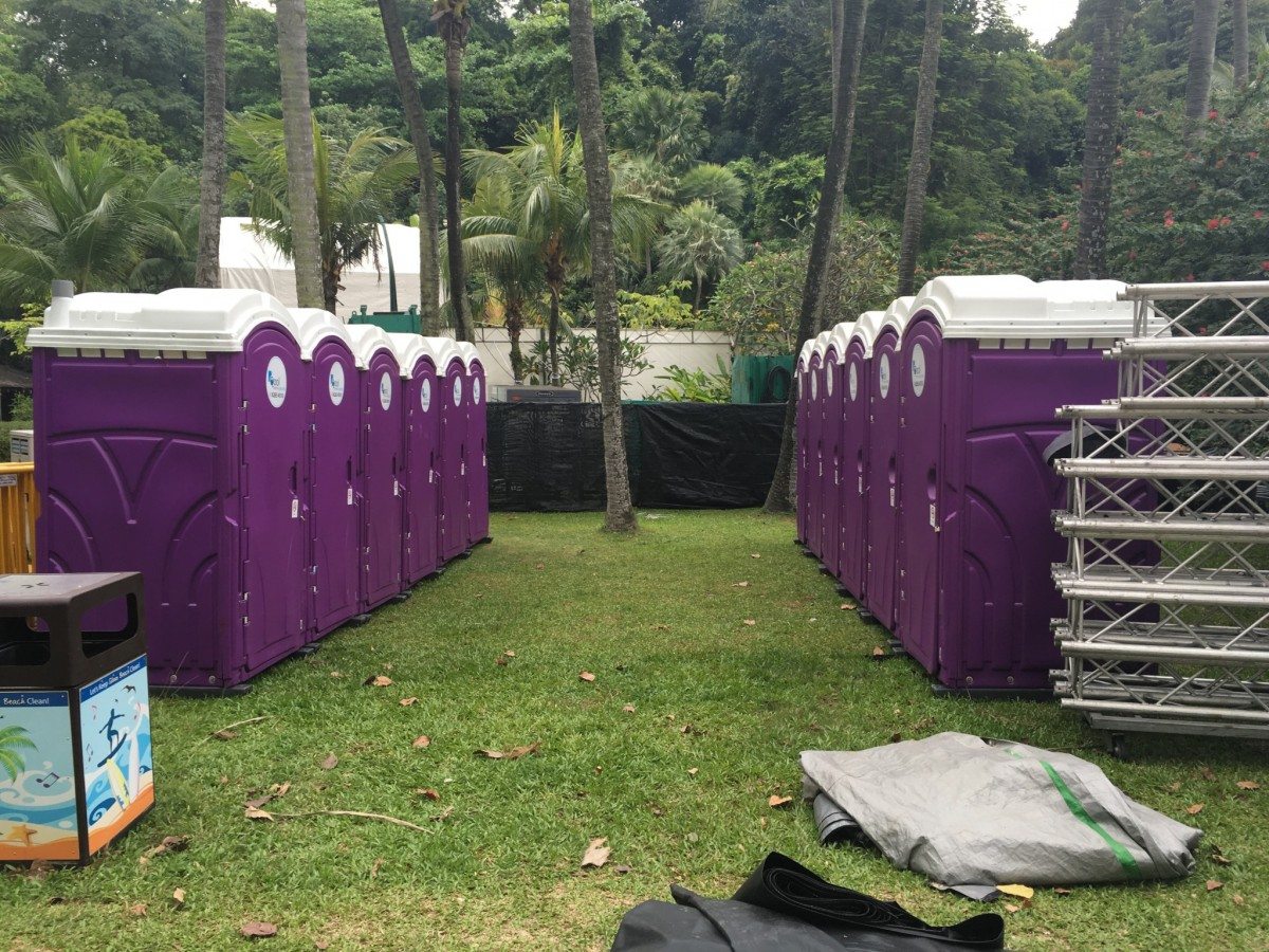 qool enviro portable toilet in zoukout 2015 9
