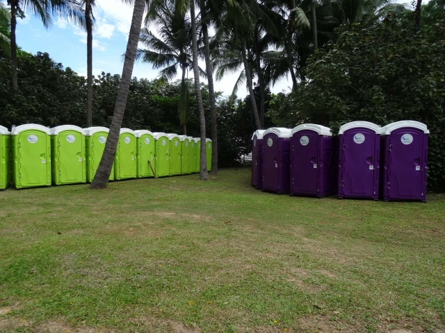 qool enviro portable toilets in the music run 2015 3